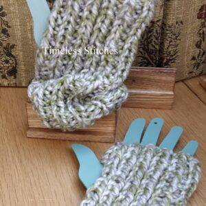 Green Tweed Fingerless Gloves | Chunky Pure Wool Gloves